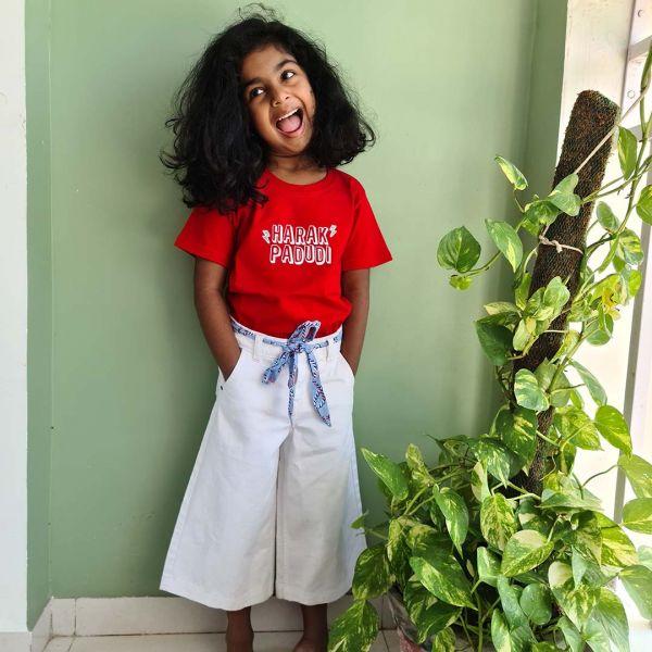 Harak Padudi Red Kids Tshirt by The Comedy Factory
